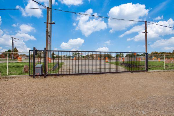 Otter Self Storage - Shiloh Garland 3926 South Shiloh Road Garland, TX - Photo 2