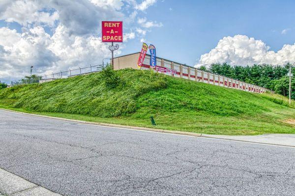 Rent-A-Space-Roanoke 460 1524 Patrick Road Northeast Roanoke, VA - Photo 14