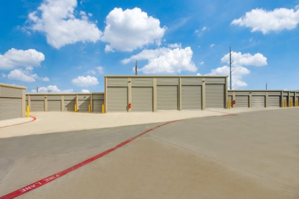Advantage Storage - Denton2499 6818 FM 2499 Denton, TX - Photo 6