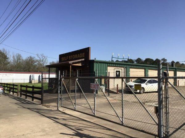 FreeUp Storage I-20 220 Pittman Street Longview, TX - Photo 1