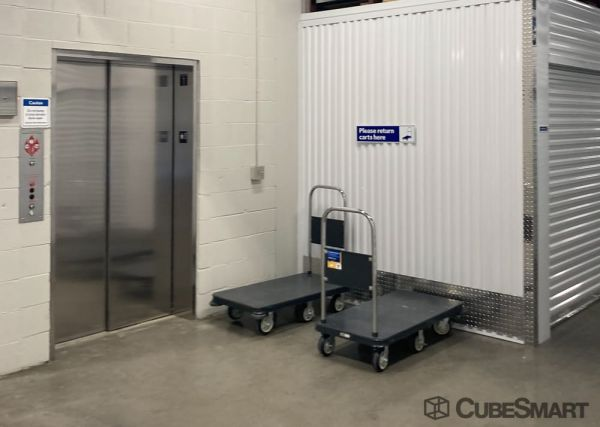 CubeSmart Self Storage - IL Willowbrook Quincy Avenue 7605 South Quincy Street Willowbrook, IL - Photo 3
