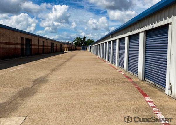 CubeSmart Self Storage - TX Cedar Hill East Beltline Road 611 E Beltline Rd Cedar Hill, TX - Photo 5