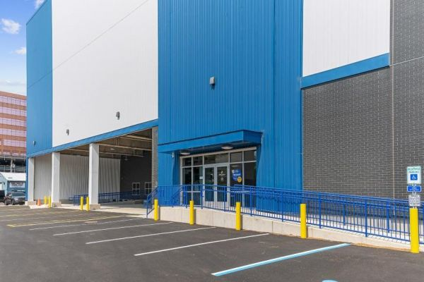 Life Storage - Lyndhurst - 1 Terminal Rd 1 Terminal Rd Lyndhurst, NJ - Photo 6