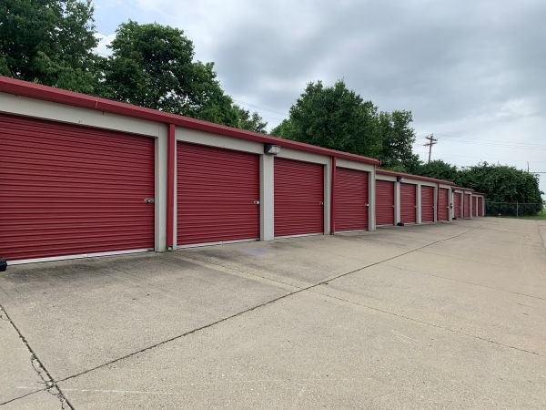 Factory Drive Self Storage 4817 Factory Drive Fairfield, OH - Photo 0