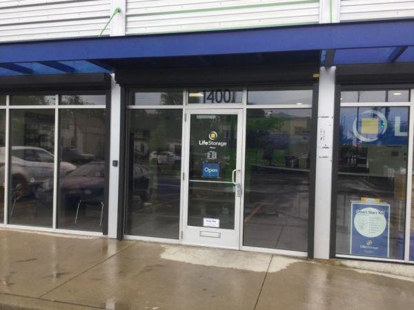 Life Storage - Chicago - 1400 North Cicero Avenue 1400 North Cicero Avenue Chicago, IL - Photo 4