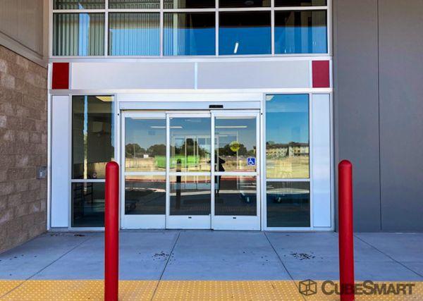 CubeSmart Self Storage - CA Sacramento Leisure Lane 610 Leisure Lane Sacramento, CA - Photo 5