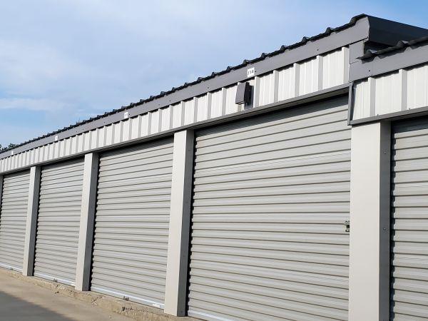 SpareBox Storage – Bentonville 10620 Arkansas 72 Bentonville, AR - Photo 0