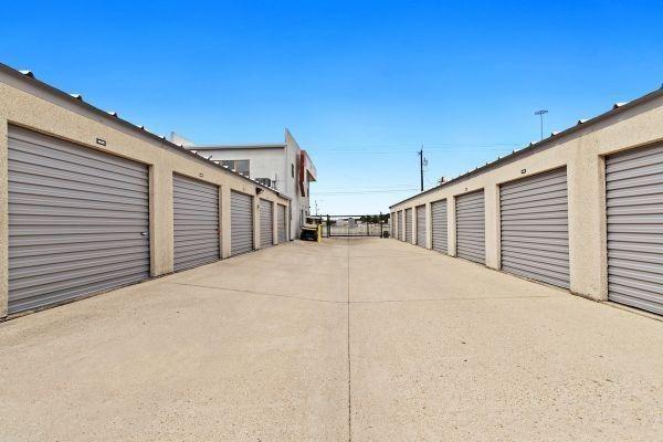 Life Storage - San Antonio - 636 Southwest Loop 410 636 Southwest Loop 410 San Antonio, TX - Photo 3