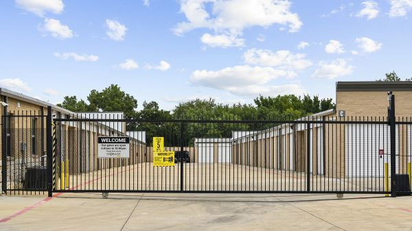Storage King USA - 104 - Garland, TX - Centerville Rd 2404 East Centerville Road Garland, TX - Photo 2