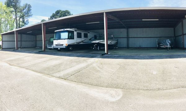 Come-N-Go Self Storage Jackson 1596 North Parkway Jackson, TN - Photo 1