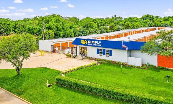 Simply Self Storage - 7227 South R L Thornton Freeway - Dallas 7227 South R L Thornton Freeway Dallas, TX - Photo 0