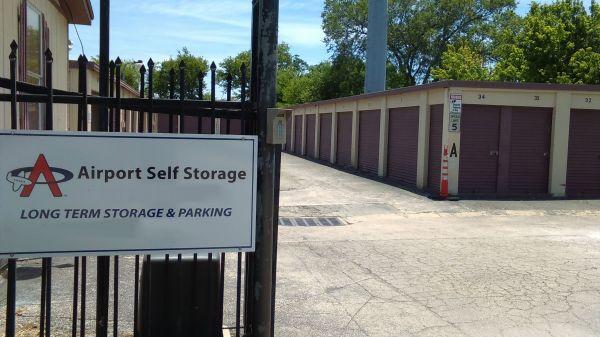 Airport Self Storage - Del Valle 2725 Lyle Rd Del Valle, TX - Photo 0