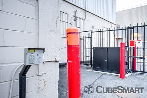 CubeSmart Self Storage - Ridgewood - 1125 Wyckoff Ave 1125 Wyckoff Ave Ridgewood, NY - Photo 6