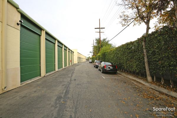 Allen Avenue Self Storage 234 N Allen Ave Pasadena, CA - Photo 5