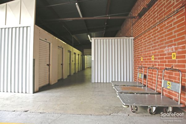 Allen Avenue Self Storage 234 N Allen Ave Pasadena, CA - Photo 9