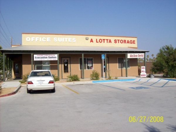 RightSpace Storage - San Jacinto 442 W Esplanade Ave San Jacinto, CA - Photo 3
