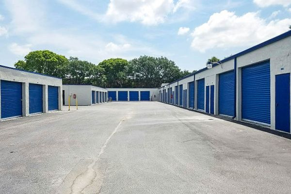 US Storage Centers - Plantation - 6701 NW 18th Ct 6701 NW 18th Ct Plantation, FL - Photo 7