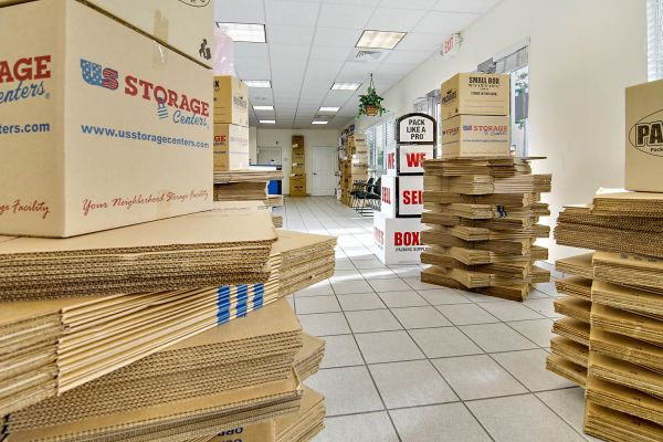 US Storage Centers - Miami Gardens - 2765 NW 207th St 2765 NW 207th St Miami Gardens, FL - Photo 4
