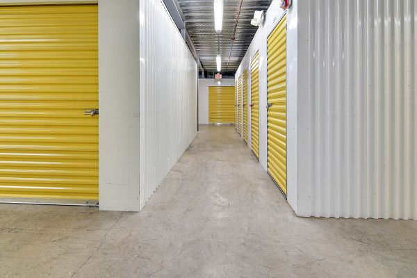 US Storage Centers - Miami Gardens - 2765 NW 207th St 2765 NW 207th St Miami Gardens, FL - Photo 9