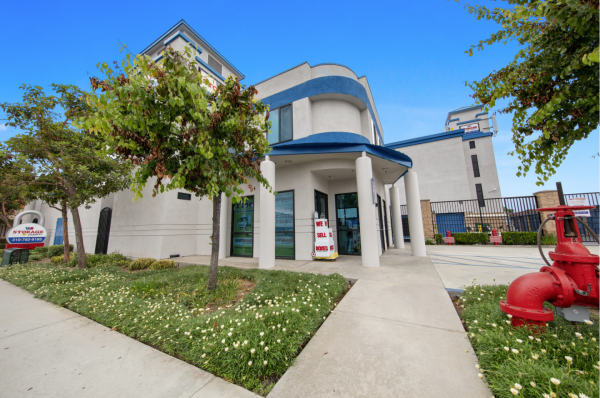 US Storage Centers - Torrance - Carson 735 W Carson St Torrance, CA - Photo 0