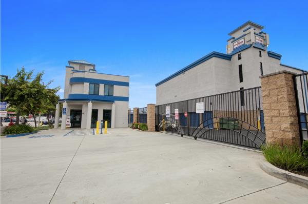 US Storage Centers - Torrance - Carson 735 W Carson St Torrance, CA - Photo 1