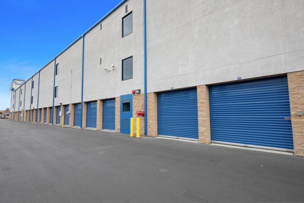 US Storage Centers - Torrance - Carson 735 W Carson St Torrance, CA - Photo 4