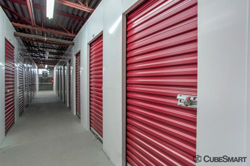 ... CubeSmart Self Storage   Brighton130 Lincoln St   Brighton, MA   Photo  9 ...