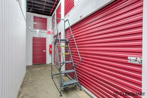 ... CubeSmart Self Storage   Brighton130 Lincoln St   Brighton, MA   Photo  13 ...