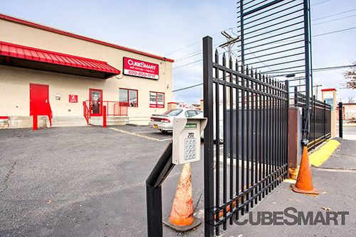 CubeSmart Self Storage - Queens - 122-20 Merrick Blvd 122-20 Merrick Blvd Queens, NY - Photo 8