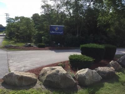 Life Storage - East Greenwich - Frenchtown Road 500 Frenchtown Rd East Greenwich, RI - Photo 6