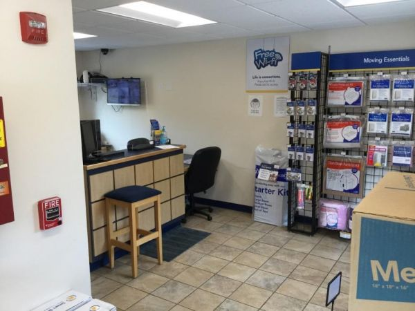 Life Storage - East Greenwich - Frenchtown Road 500 Frenchtown Rd East Greenwich, RI - Photo 5
