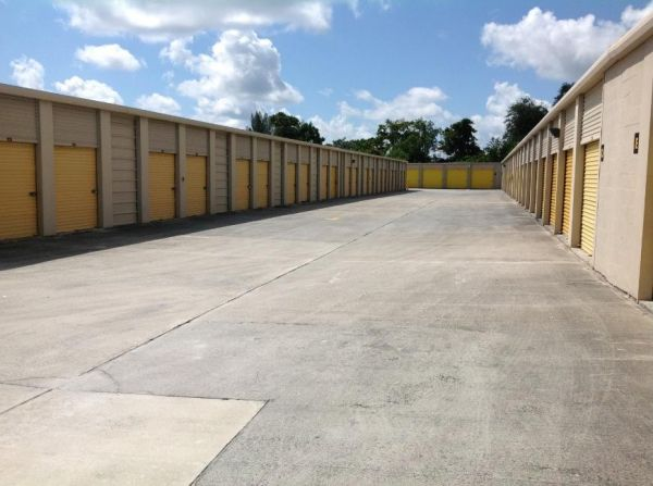Life Storage - Port Saint Lucie - 8531 South Federal Highway 8531 S Federal Hwy Port St Lucie, FL - Photo 2