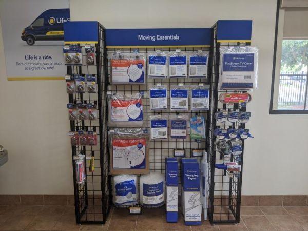 Life Storage - Jacksonville - 103rd Street 7657 103rd St Jacksonville, FL - Photo 8