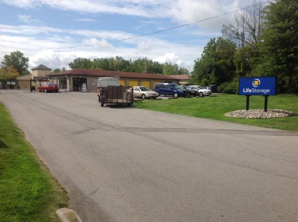 Life Storage - Rochester - Town Line Road 2585 Brighton Henrietta Town Line Rd Rochester, NY - Photo 0