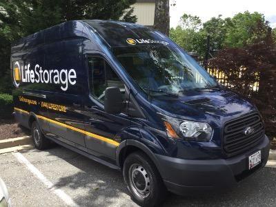 ... Life Storage   Gaithersburg26 W Diamond Ave   Gaithersburg, MD   Photo  1 ...