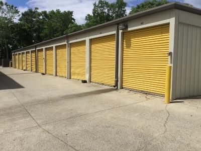 ... Life Storage   Gaithersburg26 W Diamond Ave   Gaithersburg, MD   Photo  2 ...