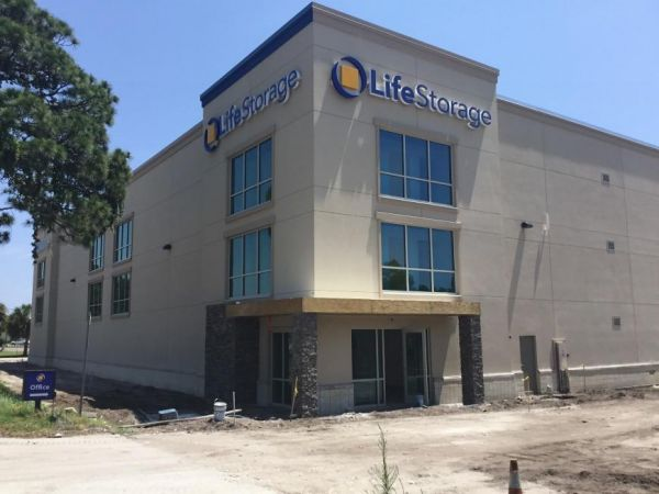Life Storage - Melbourne - 6005 North Wickham Road 6005 N Wickham Rd Melbourne, FL - Photo 4