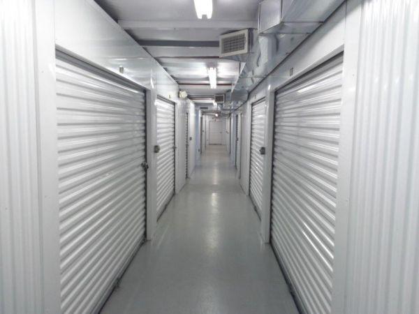Life Storage - Glastonbury 269 Oakwood Dr Glastonbury, CT - Photo 2
