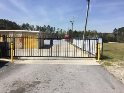 Life Storage - College Park 5725 Old National Hwy College Park, GA - Photo 6