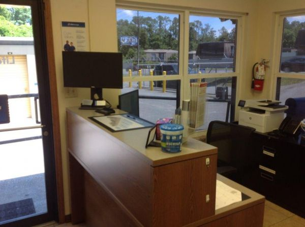 Life Storage - Pensacola - 2295 West Michigan Avenue 2295 W Michigan Ave Pensacola, FL - Photo 6