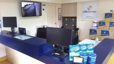Life Storage - Tampa - West Columbus Drive 3000 W Columbus Dr Tampa, FL - Photo 3