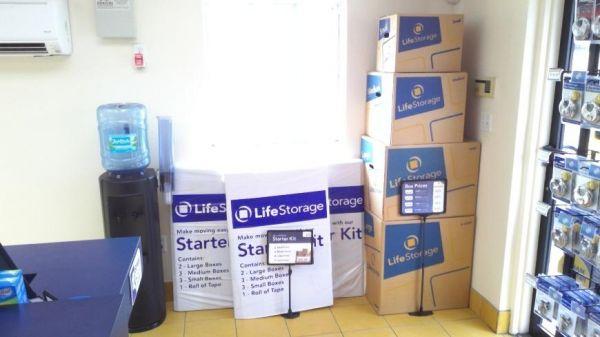 Life Storage - Tampa - West Columbus Drive 3000 W Columbus Dr Tampa, FL - Photo 1