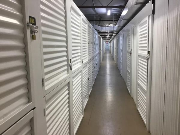 Life Storage - Largo - 404 Seminole Boulevard 404 Seminole Blvd Largo, FL - Photo 8