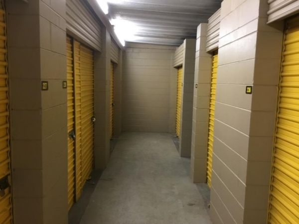 Life Storage - Largo - 404 Seminole Boulevard 404 Seminole Blvd Largo, FL - Photo 8