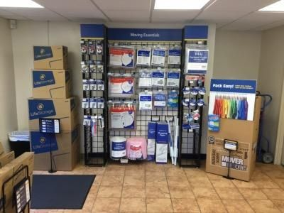 Life Storage - Clearwater - North Belcher Road 1844 N Belcher Rd Clearwater, FL - Photo 3