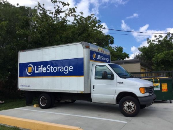 Life Storage - Fort Myers - Central Avenue 3780 Central Ave Fort Myers, FL - Photo 1