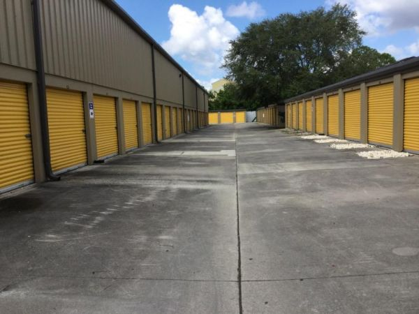 Life Storage - Fort Myers - Central Avenue 3780 Central Ave Fort Myers, FL - Photo 3