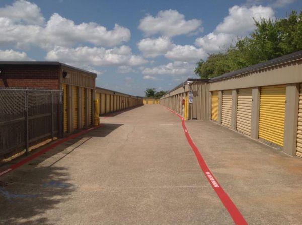 Life Storage - Arlington - North Little School Road 1105 N Little School Rd Arlington, TX - Photo 2