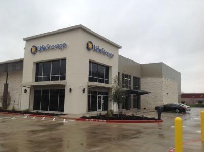 Life Storage - Fort Worth - Western Center Boulevard 4820 Western Center Blvd Fort Worth, TX - Photo 0
