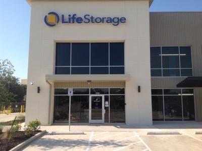 Life Storage - Fort Worth - Western Center Boulevard 4820 Western Center Blvd Fort Worth, TX - Photo 4
